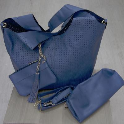 γυναικεία μπλε τσαντα ωμου - Totos.gr 2a2a7044663