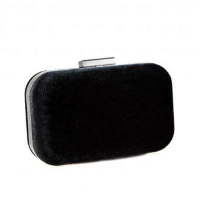 70aab2423e Pierro 09510BL01 Μαύρο Βελούδο Γυναικείο Τσαντάκι Clutch Pierro accessories  0951