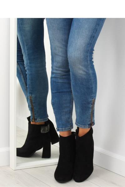 Μποτάκια με τακούνι και στρας - Μαύρο. Άμεσα διαθέσιμο. fashioneshop.gr ... f1705c4c387